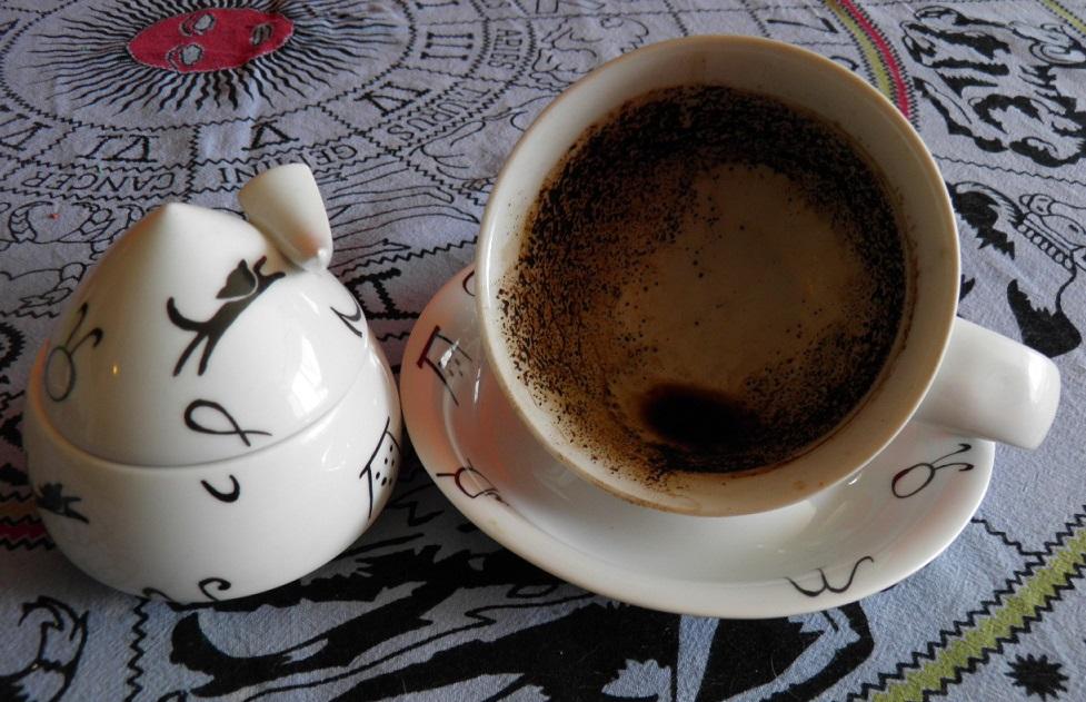 věštění z kávy, výklad budoucnosti, věštírna, horoskopy,