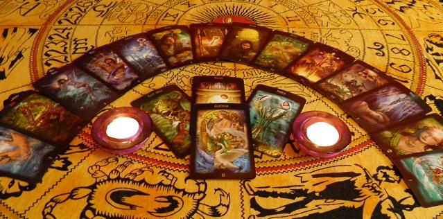 výklad karte zdarma, sám si vyložit, Tarot, tarotové karty, kartářka Noor